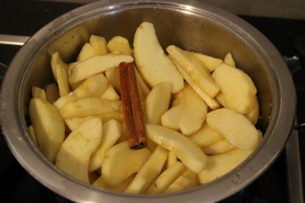 Kartoffelpuffer mit Apfelmus 04-1200